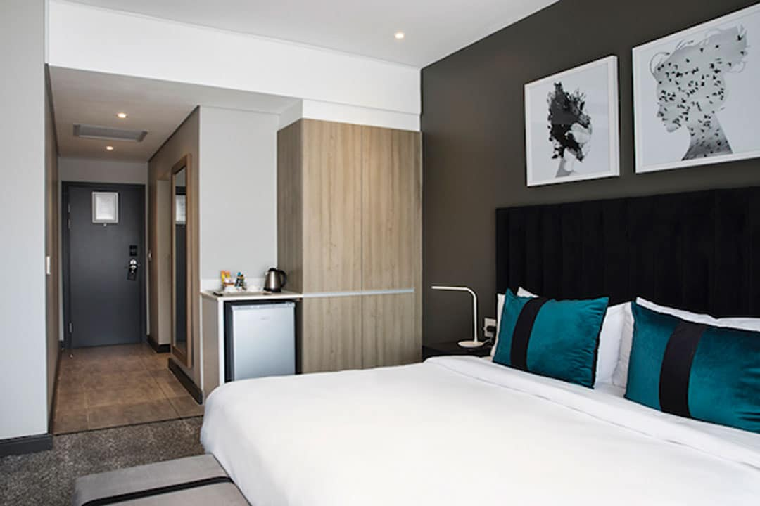 The Capital Empire STANDARD ROOMS 2 - The Capital Hotels & Apartments 15